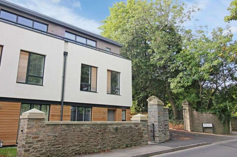 4 Bedrooms House for sale in Nore Road, Portishead