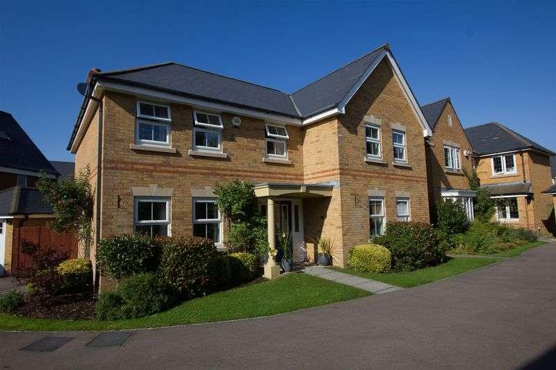 5 Bedrooms Detached House for sale in Heol Neuadd Cogan, Penarth