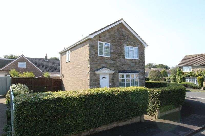 3 Bedrooms Detached House for sale in Welbourn Drive, Scarborough