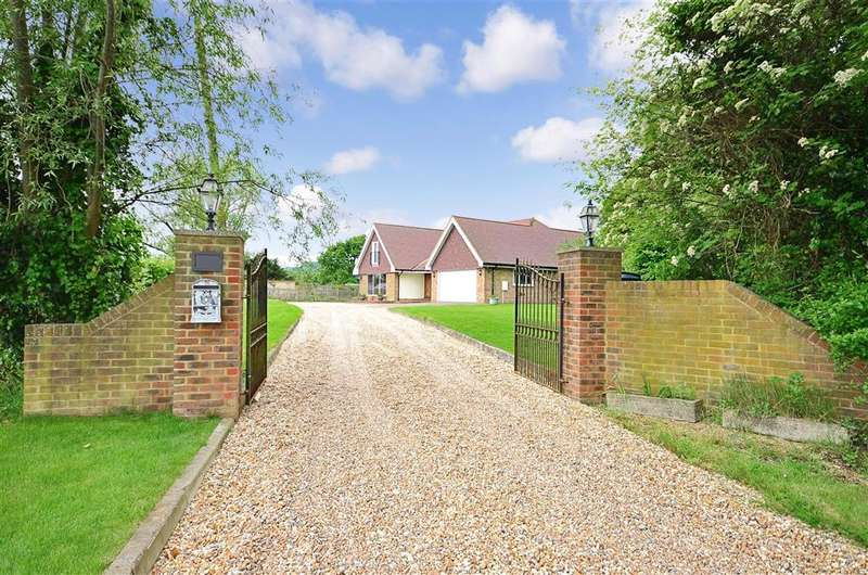4 Bedrooms Detached House for sale in Newington, Folkestone, Kent
