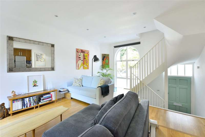 2 Bedrooms Terraced House for sale in Crescent Street, London, N1