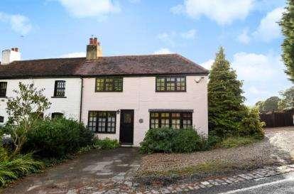 3 Bedrooms Semi Detached House for sale in Hillside Cottages, Lambourne End, Essex