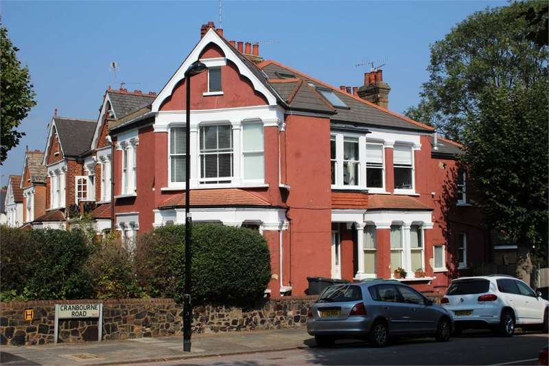 3 Bedrooms Flat for sale in Cranbourne Road, Muswell Hill, London