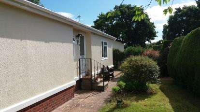 2 Bedrooms Bungalow for sale in Cat Fiddle Park, Clyst St. Mary, Exeter