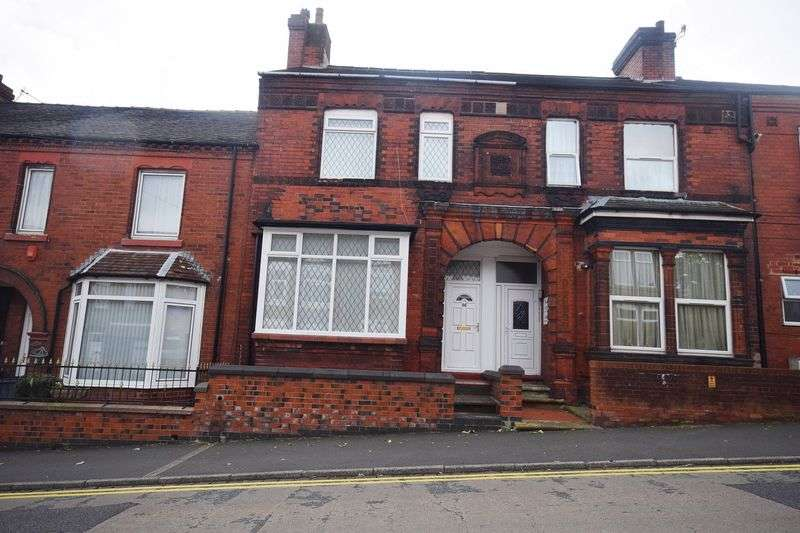 4 Bedrooms Mews House for sale in Birches Head Road, Birches Head
