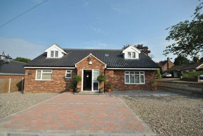 4 Bedrooms Property for sale in Carter Road, Drayton, Norwich