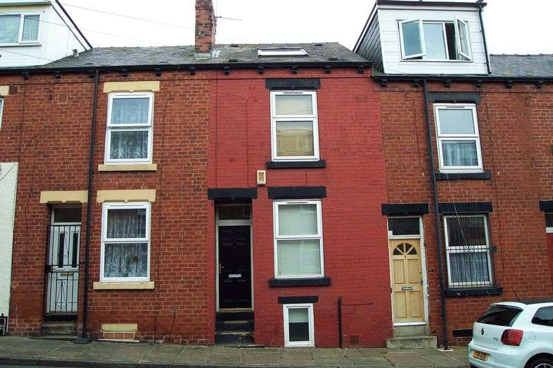 4 Bedrooms Terraced House for sale in Kings Avenue, Leeds