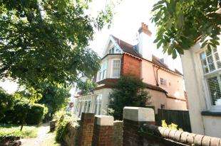 1 Bedroom House for sale in Gore Park Avenue, Eastbourne, East Sussex