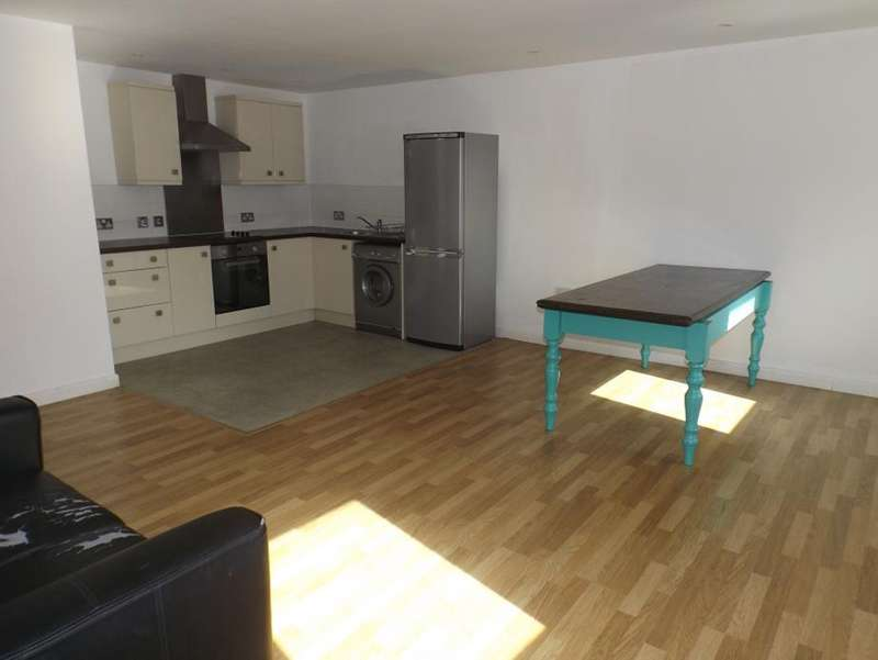 2 Bedrooms Apartment Flat for sale in Cymberline House