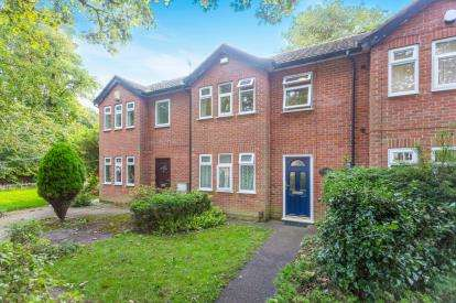3 Bedrooms Terraced House for sale in Forest Road West, Nottingham, Nottinghamshire