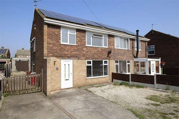 3 Bedrooms Semi Detached House for sale in Knightsbridge Road, Messingham, Scunthorpe, Lincolnshire