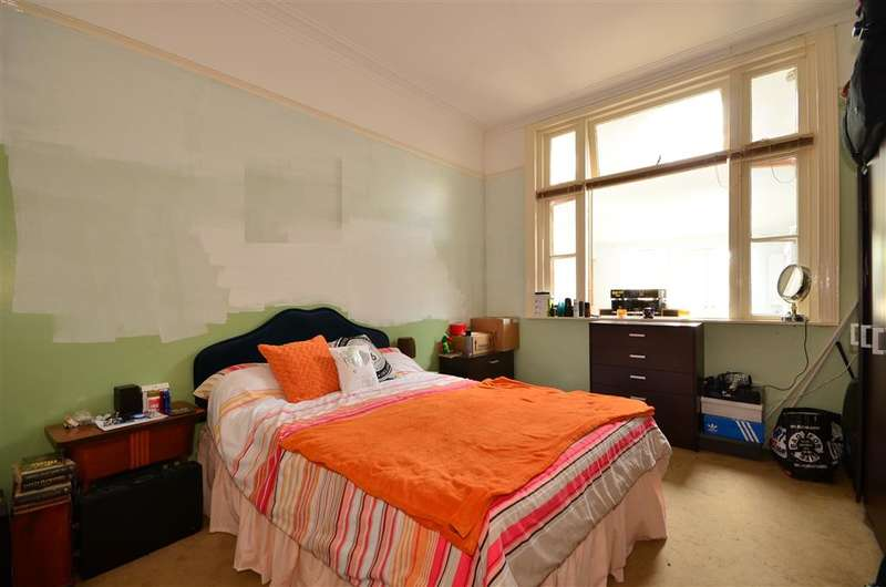 1 Bedroom Apartment Flat for sale in Laburnum Grove, Portsmouth, Hampshire