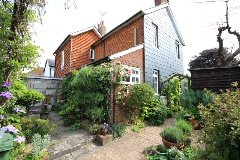 2 Bedrooms Semi Detached House for sale in Amery Hill, Alton, Hampshire, GU34