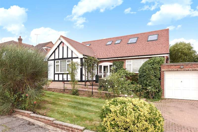 4 Bedrooms House for sale in Paines Close, Pinner, Middlesex, HA5