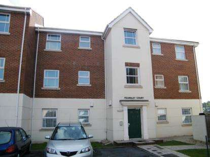 2 Bedrooms Flat for sale in Cricketers Green, Torquay, Devon