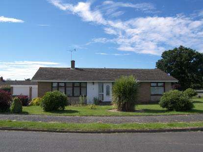 Bungalow for sale in Hoveton, Norwich, Norfolk