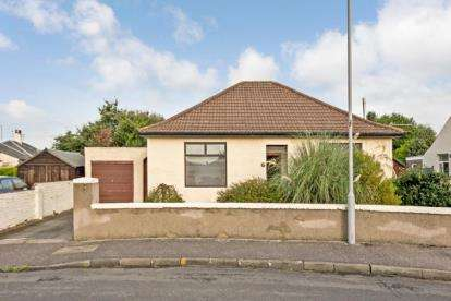 2 Bedrooms Bungalow for sale in Moor Place, Ayr