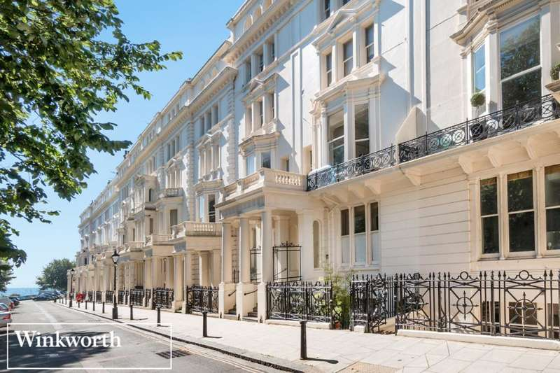 2 Bedrooms Flat for sale in Palmeira Square, Hove, East Sussex, BN3