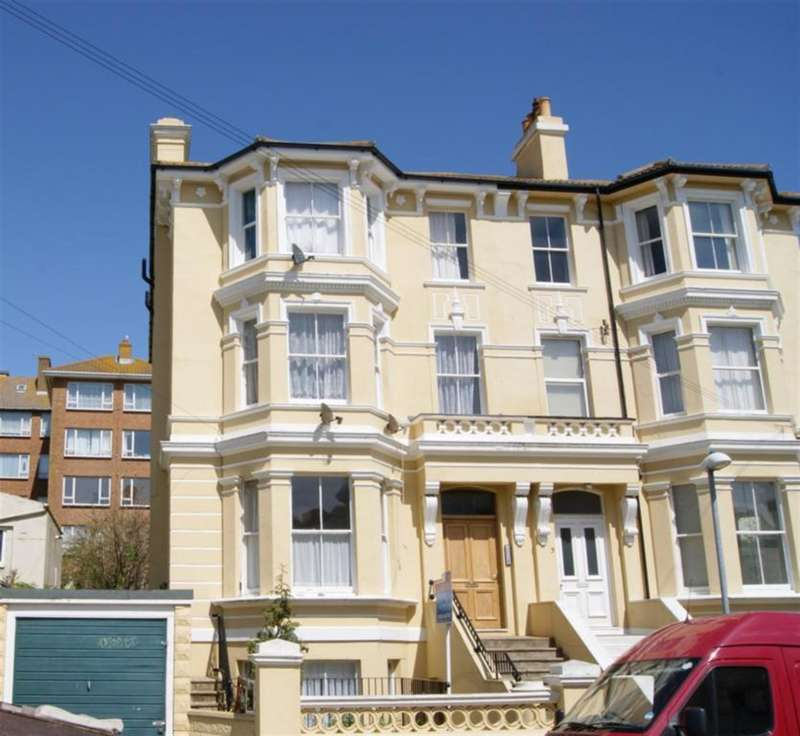 1 Bedroom Flat for sale in Stockleigh Road, St Leonards On Sea, East Sussex, TN38 0JP