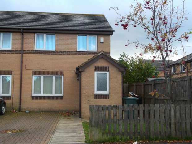 3 Bedrooms Semi Detached House for sale in Burnham Avenue, Bierley, BD4