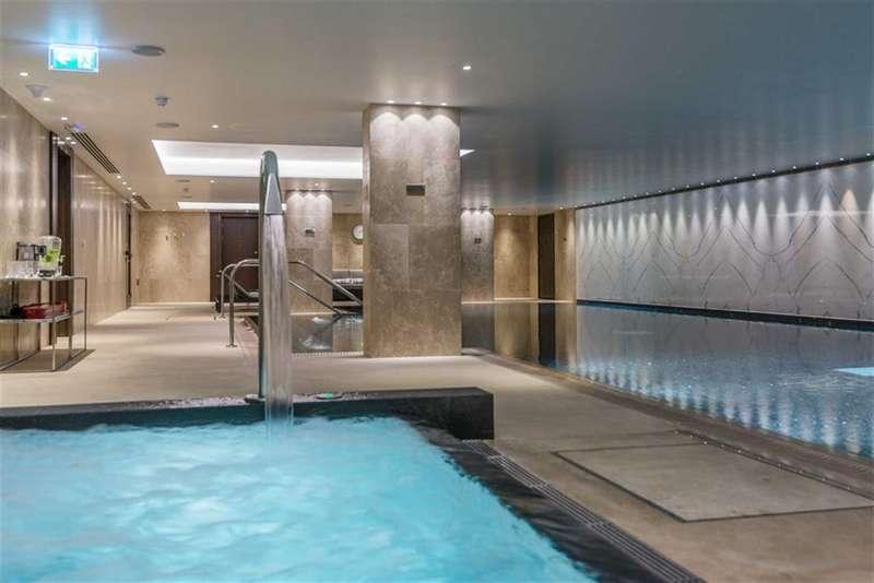 2 Bedrooms Property for sale in Cambridge House, London Bridge, London, SE1