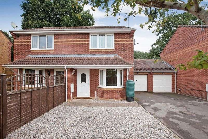 2 Bedrooms Semi Detached House for sale in Pearmain Close, Willand
