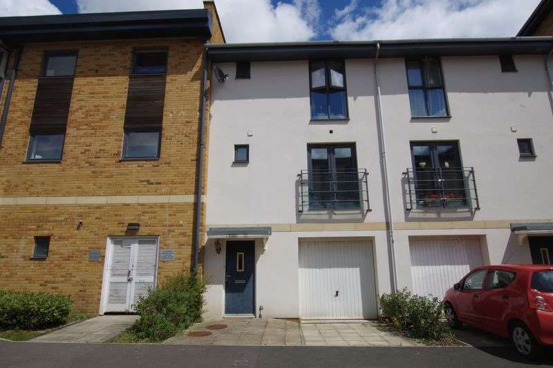 3 Bedrooms Terraced House for sale in Old Town
