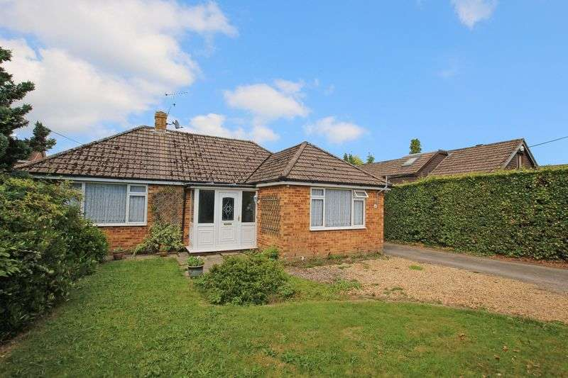 3 Bedrooms Detached Bungalow for sale in Wellow