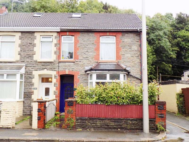 3 Bedrooms Semi Detached House for sale in