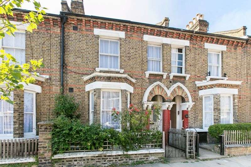 1 Bedroom Flat for sale in Fifth Avenue Queens Park London W10