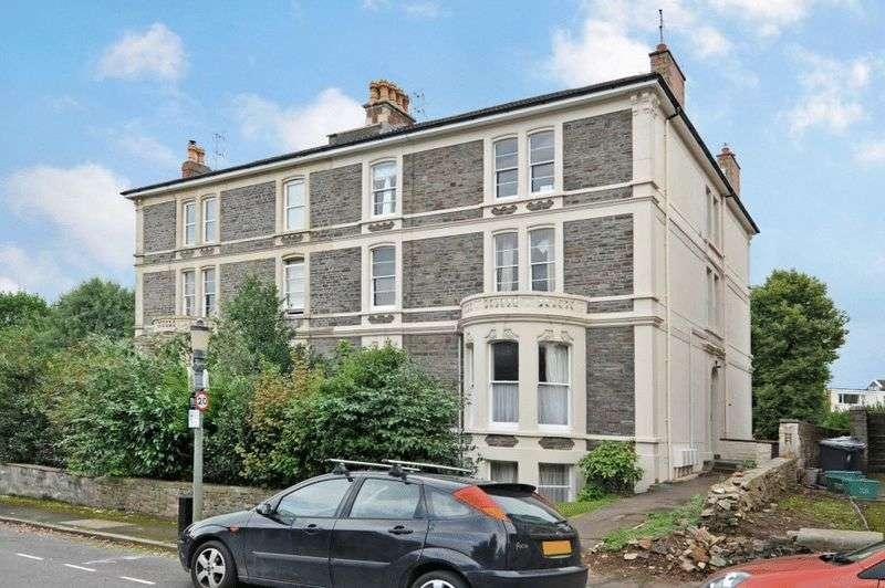 2 Bedrooms Flat for sale in Fernbank Road, Redland