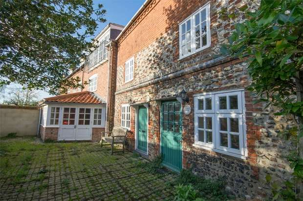 5 Bedrooms Terraced House for sale in Moores Cottage, Wells-next-the-Sea