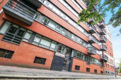 1 Bedroom Flat for sale in Coburg Street, Manchester