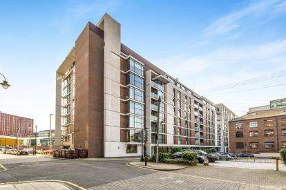 2 Bedrooms Flat for sale in Jordan Street, Manchester, Greater Manchester