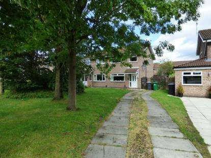 3 Bedrooms Semi Detached House for sale in Stonehaven Drive, Fearnhead, Warrington, Cheshire, WA2