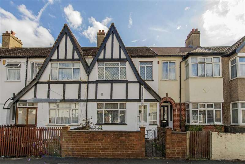 3 Bedrooms House for sale in Montrose Gardens, Mitcham, Surrey