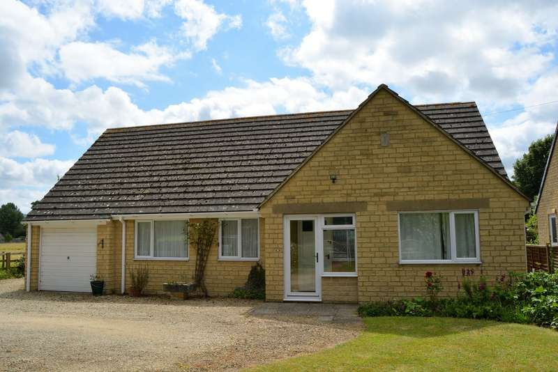 3 Bedrooms Detached Bungalow for sale in Horcott Road, Fairford