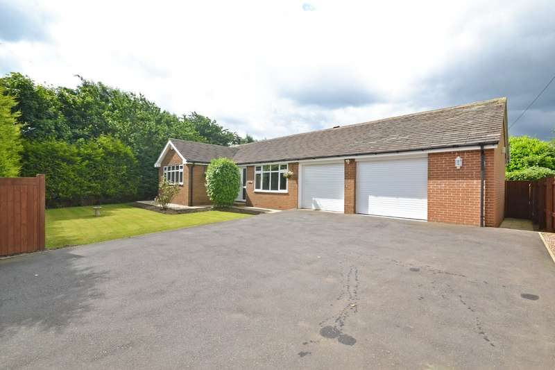 4 Bedrooms Detached Bungalow for sale in Hollin Lane, Calder Grove, Wakefield