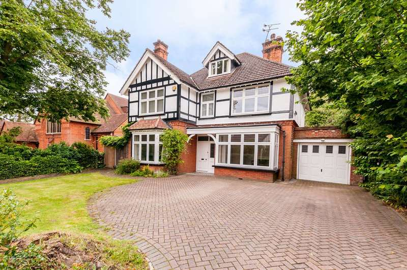 5 Bedrooms Detached House for sale in Mount Hermon Road, Mount Hermon, GU22