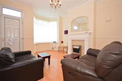 4 Bedrooms House for rent in Penrhyn Road, Sheffield, S11 8UN