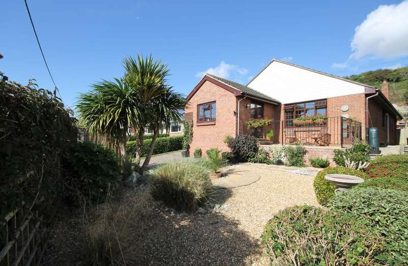 3 Bedrooms Detached Bungalow for sale in Chillerton, Isle of Wight