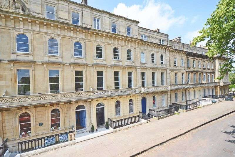 3 Bedrooms Flat for sale in 6, Victoria Square, Clifton Village, Bristol, BS8 4EU *Open House Saturday 8th October - Call for details*
