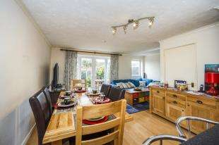 3 Bedrooms Terraced House for sale in Blatcher Close, Minster On Sea, Sheerness, Kent