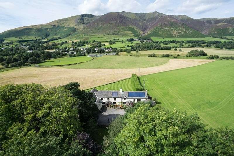 5 Bedrooms Detached House for sale in Bridge End, Threlkeld, Keswick