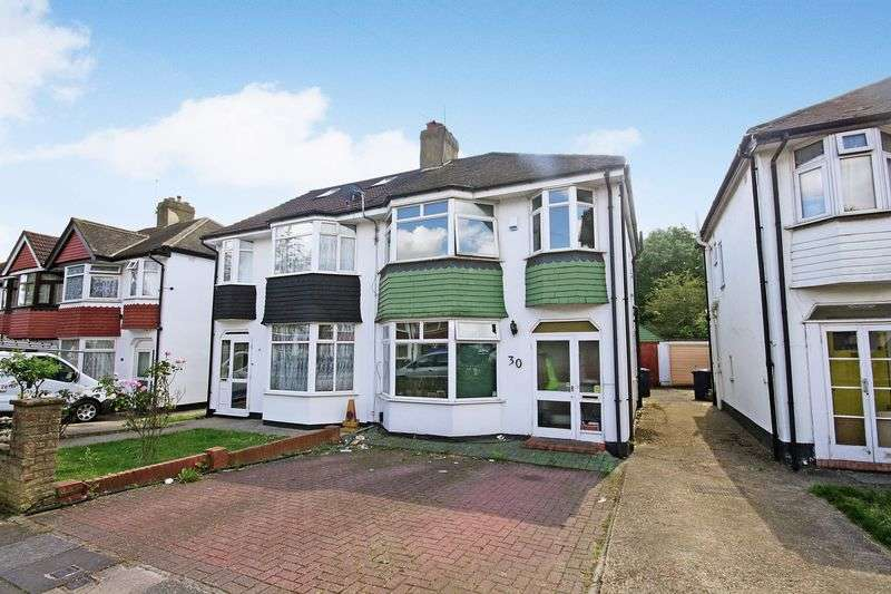 3 Bedrooms Semi Detached House for sale in Eskdale Avenue, Northolt Village
