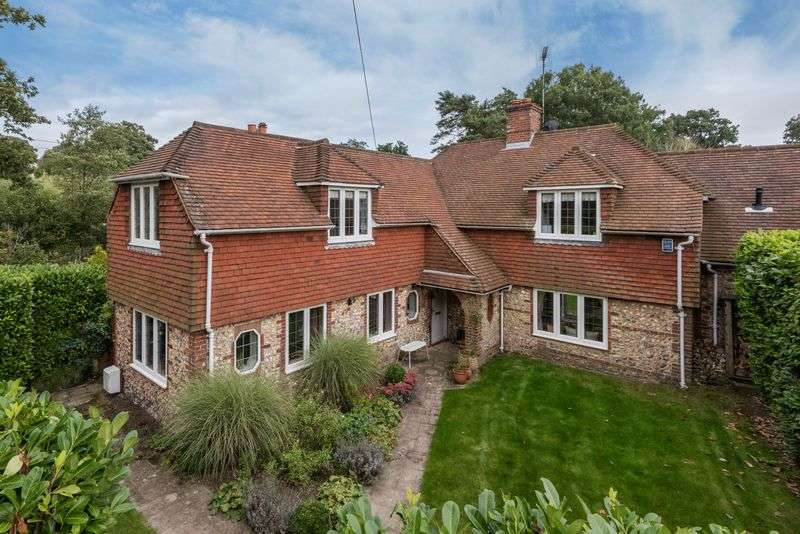 3 Bedrooms Detached House for sale in Brighton Road, Hurstpierpoint, West Sussex,