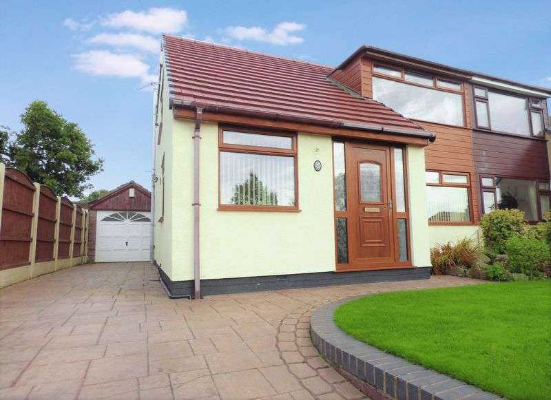 3 Bedrooms Semi Detached House for sale in Coach House Drive, Shevington