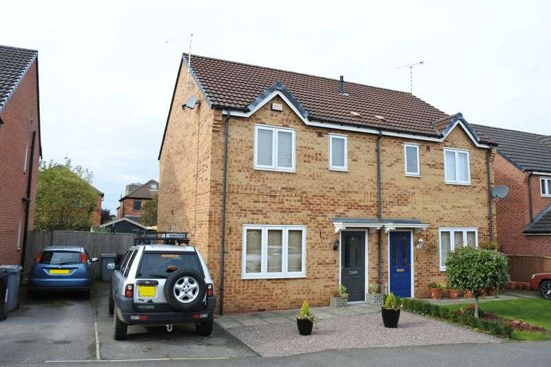 3 Bedrooms Semi Detached House for sale in Hudson Way, Grantham