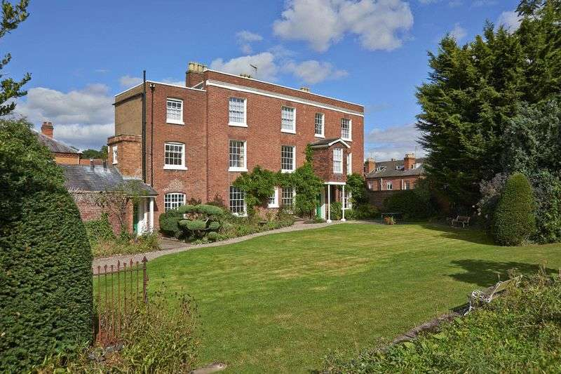5 Bedrooms Detached House for sale in Britannia Square, Worcester City Centre