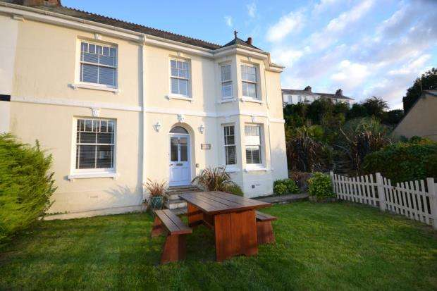 4 Bedrooms End Of Terrace House for sale in Ingledene, Shutta, Looe, Cornwall
